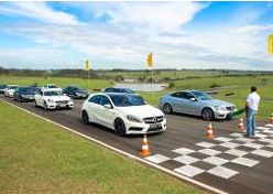 Mercedes-Benz promove AMG Performance Tour
