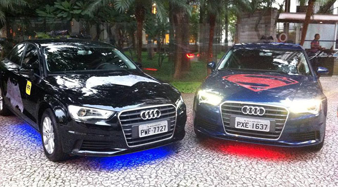 99Taxis: carros com Superman e Batman
