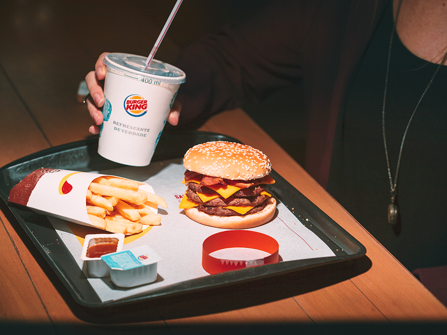 Burger King, Maionese, Facebook